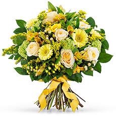 Partagez la joie de printemps avec notre splendide nouveau bouquet dans les magnifiques tons jaunes.