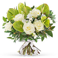 This beautiful bouquet also supports a very special cause: Think-Pink, the National Breast Cancer Campaign in Belgium.