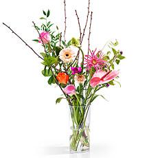 Grand temps d'égayer votre salle de séjour ou votre bureau au travail ? Avec cette bouquet surprise vous avez trouvé ce que vous cherchiez !