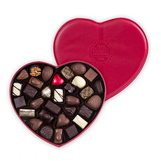 Corné Port-Royal Filled Heart-Shaped Leather Box, 440 g, 30 chocolates