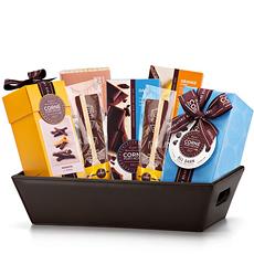 Faites plaisir aux amateurs de chocolat noir dans votre entourage avec ce panier cadeau décadent contenant des chocolats noirs belges de Corné Port-Royal.