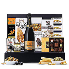 The ultimate in style and taste, this VIP Veuve Clicquot Vintage and gourmet food gift is perfect for your most important clients, weddings, birthdays, and as an unforgettable Christmas gift for Europe.