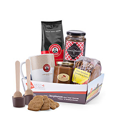 The Belgians really know how to start the day off right: rich coffee, buttery biscuits (cookies, actually!), hazelnut spread, rhubarb jam, and delicious Belgian chocolate. This Belgian breakfast gift basket is sure to chase away the morning blues.