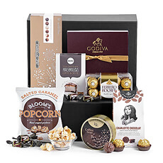 Presenting the perfect gift idea for sweets and chocolate lovers! The Sweet Tooth Luxe edition is a bounty of the best European chocolates, candies, cookies, and other sweet treats.