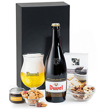 This welcome gift pairs delicious Duvel Belgian beer with a quartet of tasty snacks.