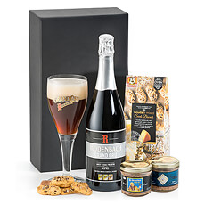 A delicious bottle of Rodenbach Grand Cru Belgian beer is presented with a duo of artisan Belgian beer patés and tasty biscuits. Who will you surprise with this great gift?