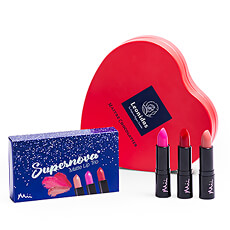 "With this loving gift she will shine like a true star. The ""Supernova"" lipstick trio by Mii is combined with a heart full of Leonidas chocolates."
