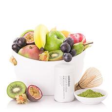 Un cadeau élégant avec que des avantages: l'effet bénéfique du thé matcha est combiné avec une portion de fruits frais.