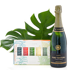 Relax with a nice, warm bath and a glass of sparkling cava. This is the perfect gift idea that all women will love to receive!