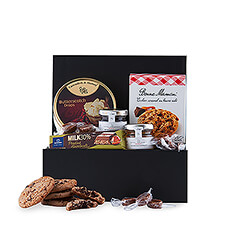 "Looking for something tasty to enjoy with a cup of coffee, the perfect gift that says ""thank you"" in all languages or just fancy something sweet? The Sweet Tooth Standard offers it all! Give in to that sweet taste and pamper employees, customers or family with a box full of sweet delights."