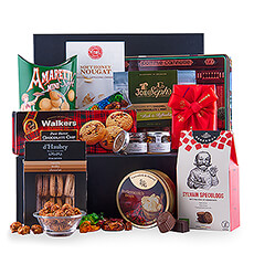 This selection of cookies, sweets, chocolates and other treats, packed in a stylish black gift box, is a dream come true for every fan of high-quality sweets.