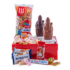 Surprise employees, friend and kids with the perfect sweet Santa Claus gift. This year Santa Claus treats all good children with all sorts of sweets.