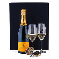 This ultimate luxury gift unites the luxury of caviar, the black gold, with French champagne, the yellow gold.