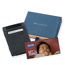 This perfect Father's Day gift offers a handcrafted leather wallet, combined with a gift card from Plan International Belgium to help get little ones a good start in life.