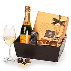 Godiva HOL20 : Leather Hamper With Bubbles