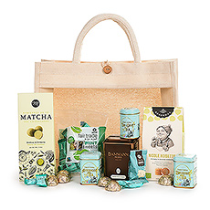 Make the tea lover in your life very happy with this wonderful tea gift. We handpack a delightful collection of luxury tea and sweets into a handy eco-friendly tote bag. It's the perfect gift idea for Mother's Day, birthdays, and corporate gifts.