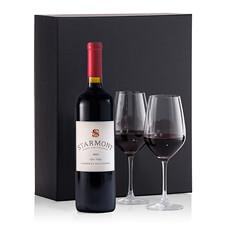 Les vins de Merryvale ont acquis une réputation internationale en raison de leur qualité exceptionnelle. Le Merryvale Merlot se caractérise par son équilibre parfait entre arômes de cerises, framboise et vanille et sa complexité. Il est livré avec deux verres élancés (Schott).
