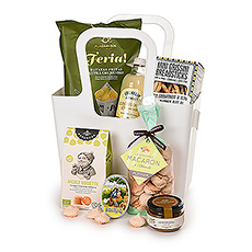 Send a unique gift to welcome Spring! In a luxury gift box, your friends and family will discover Corné Port-Royal marzipan fruits, Merci chocolates, Belgian almond nougat, and savory European gourmet treats.