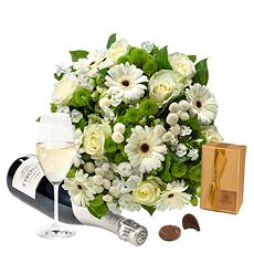 Un superbe bouquet de fleurs, une bouteille de Champagne Lenoble et les délicieux chocolats Godiva. Choisissez votre composition préférée :