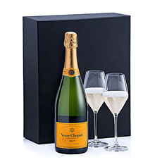 We paired a Veuve Clicquot Champagne with Schott Zwiesel glasses.
