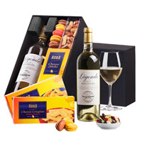 Légende Bordeaux Domaines Barons De Rothschild Blanc joins a stand-up collection of fine snacks. Show any office your appreciation with this popular holiday gift.