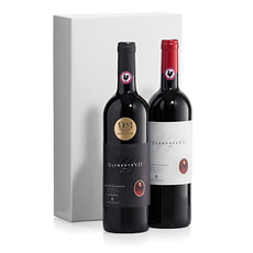 A luxurious gift to share: two exceptional bottles of Chianti Classico. Send across Europe this holiday.