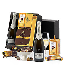 Indulge the senses with this luxury gourmet Godiva and Champagne gift basket.