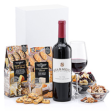 Merryvale Starmont Cabernet Sauvignon joins an unbeatable collection of fine snacks and mouthwatering macaroons. Show any office your appreciation with this rewarding and elegant holiday gift.