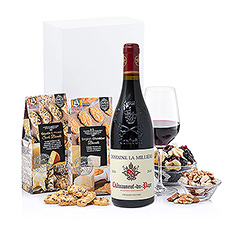 This elegant gift of red wine and snacks will please every palate. We pair our favorite Buiteman cheese crisps, a nut mix, and a mix of dried fruits with a bottle of Usseglio Châteauneuf-du-Pape.