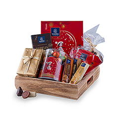 Leonidas knows like no other how to celebrate the Christmas season. Treat family, friends or colleagues with this fantastic gift with Leonidas chocolates.