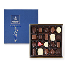 Ce coffret cadeau élégant avec des chocolats belges traditionnels est le cadeau parfait pour toute occasion.