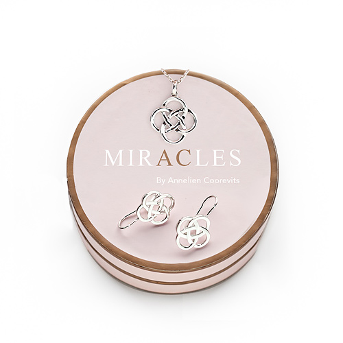 Miracles Earring Kumquat & Necklace Feijoa