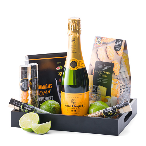 Veuve Clicquot Champagne, Botanicals & Biscuits