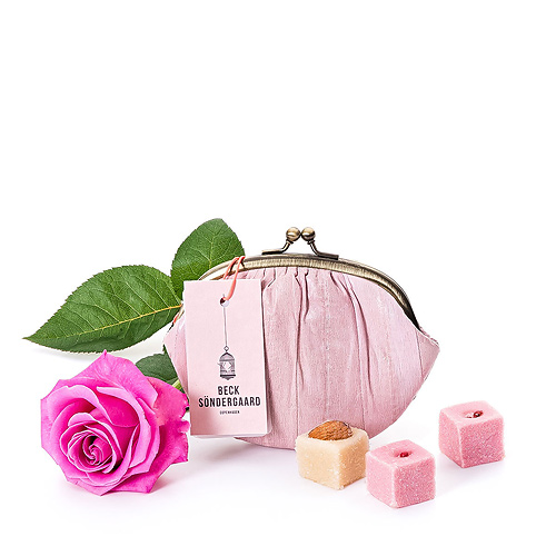 Beck Söndergaard Wallet, Chocolates & Pink Rose