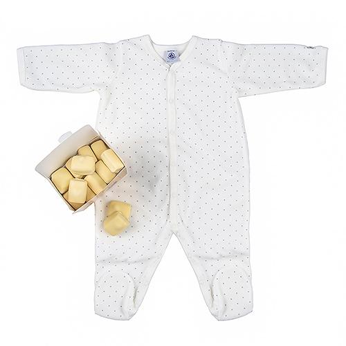 Trias Mom & Baby Sleeper & Chocolates