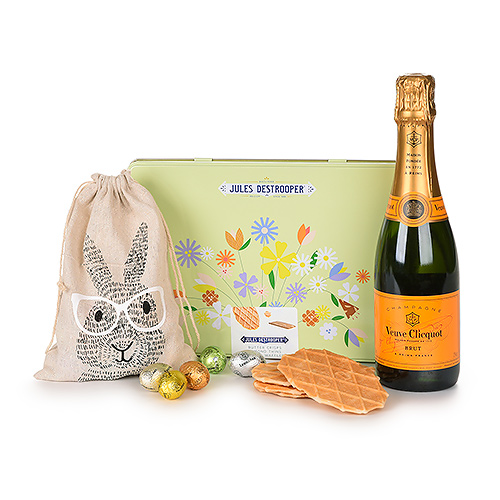 Gifts 2021 : Easter Treats with Veuve Clicquot and Jules Destrooper
