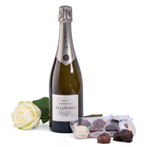 Champagne Grand Cru & White Rose